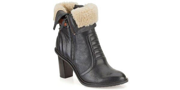 Dámske čierne kožené topánky s kožúškom Clarks