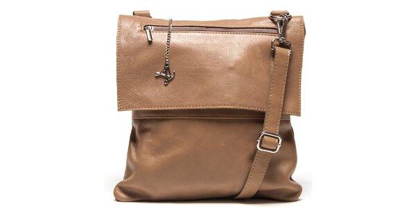 Dámska hnedá kožená kabelka s klopou Luisa Vannini