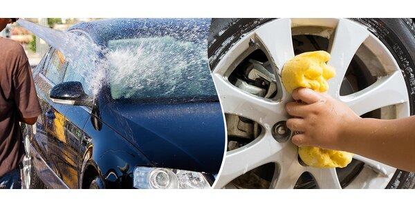 Komplet ručné umytie auta spolu s navoskovaním!