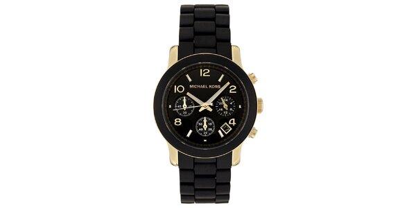 Dámske čierne hodinky so zlatými prvkami Michale Kors
