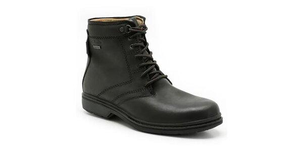Pánske čierne členkové topánky s gore-texom Clarks