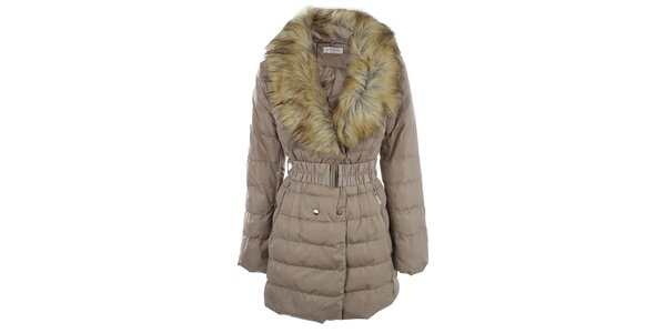 Dámsky béžový kabát s veľkým kožúškovým límcom Blue Deise