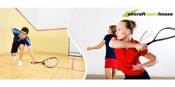 Squash v Aircraft Sport House