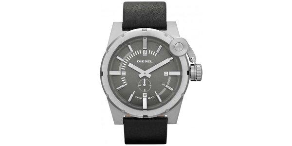 Pánske oceľové hodinky s čiernym remienkom Diesel