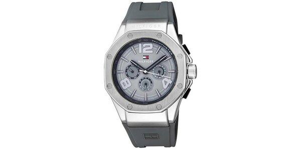 Pánske šedé hodinky so silikonovým remienkom Tommy Hilfiger