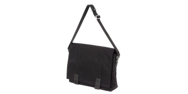 Pánska čierna látková taška cez rameno s klopou Calvin Klein