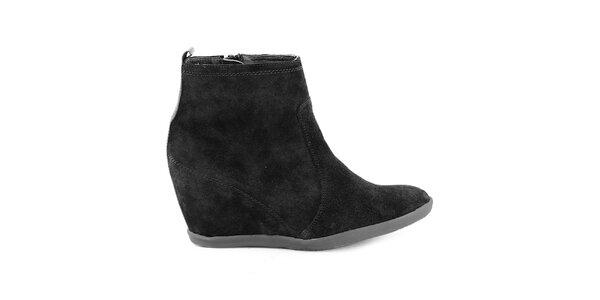 Dámske čierne kožené členkové topánky na kline Eye