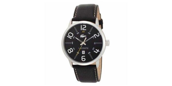 Pánske hodinky s čiernym koženým remienkom Lacoste