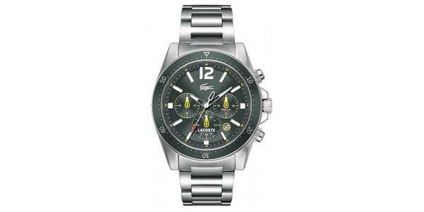 Pánske hodinky v striebornej farbe s tmavým ciferníkom Lacoste