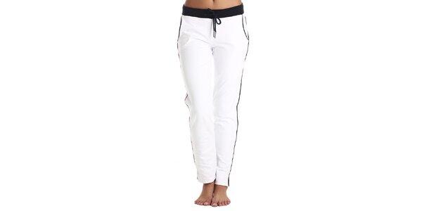 Dámske biele nohavice s farebnými prvkami Galvanni