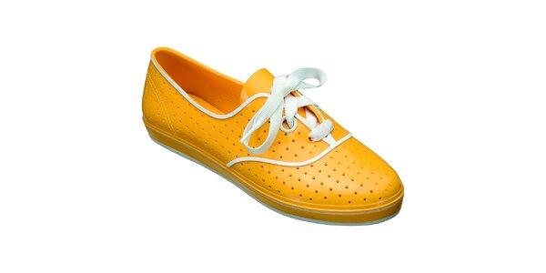 609569724223 Výpredaj dámskych zimných topánok – všetko skladom. Táto kampaň už  skončila. Dámske žlté poltopánky s bielymi prvkami Mel