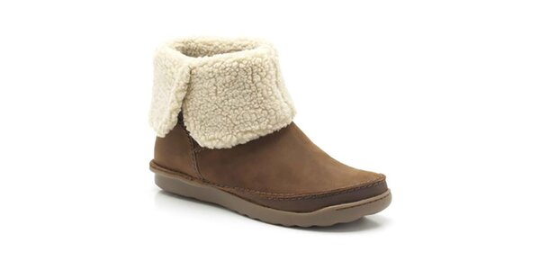 089dfc5c998a Výpredaj dámskych zimných topánok – všetko skladom. Táto kampaň už  skončila. Dámske hnedé členkové topánky s kožúškom Clarks
