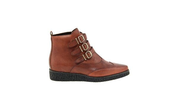 Dámske koňakovo hnedé topánky so zipsom a prackami Paola Ferri