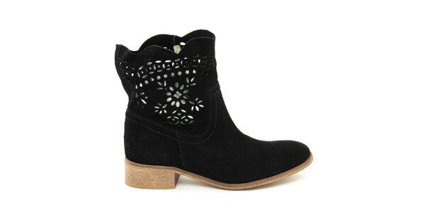 Dámske semišové čierne topánky s perforáciou Giorgio Picino