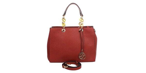Dámska červená kabelka s okrúhlym príveskom a ozdobnými pútkami London fashion