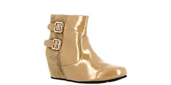 Dámske béžové topánky na kline Bellucci