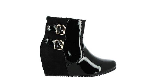 Dámske čierne topánky na kline Bellucci