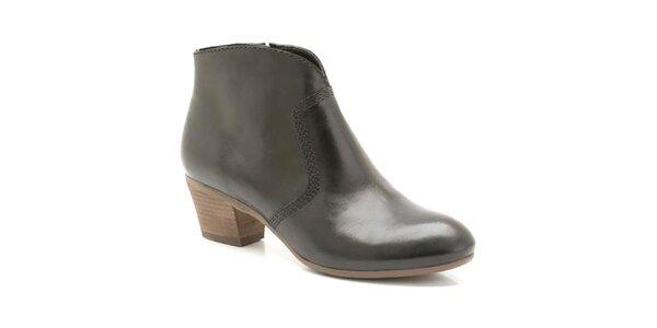 Dámske čierne členkové topánky s ozdobným prešívaním Clarks