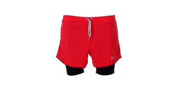 Dámske červené šortky Nike