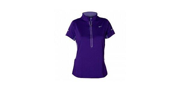 Dámske fialové tričko s krátkym rukávom Nike