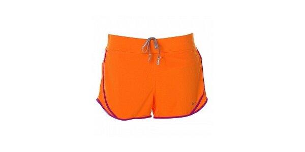 Dámske oranžové šortky s lemom Nike