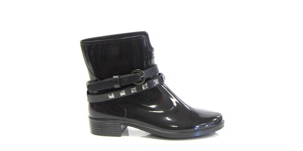 Dámske čierne kotníkové topánky s ozdobným remienkom Favolla