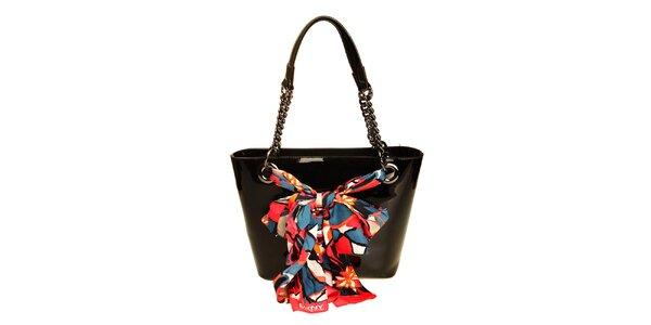 Dámska čierna lesklá kabelka s retiazkou DKNY