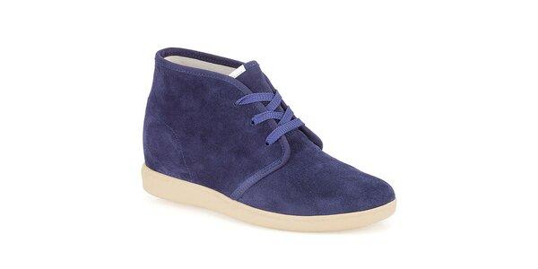 Dámske fialové šnúrovacie semišové topánky Clarks