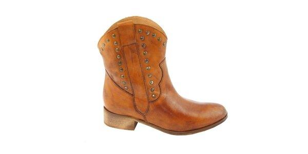 Dámske koňakové kovbojské topánky s cvočkami Eye