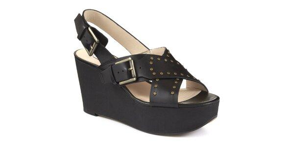 Dámske čierne sandále na platforme Clarks