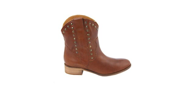 Dámske karamelové kovbojské topánky s cvočkami Eye