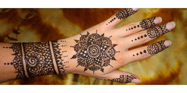 Dočasné tetovanie prírodnou hennou
