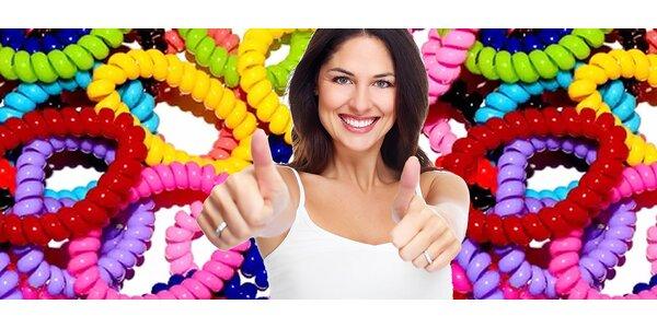 Štýlové gumičky do vlasov rôznych farieb