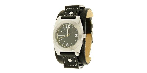 Čierne analogové hodinky s koženým remienkom Tom Tailor