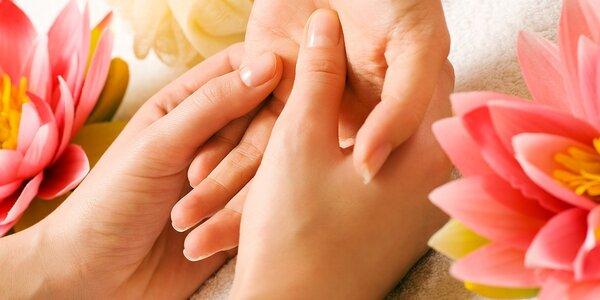 Klasická manikúra a relaxačná masáž rúk