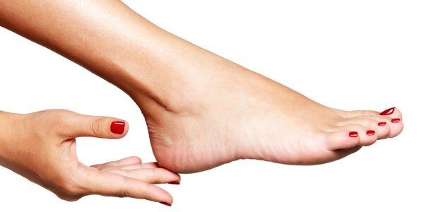 Pedikúra, masáž chodidiel a lakovanie