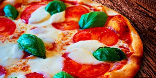 2 chrumkavé pizze s donáškou