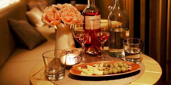 Podmanivý večer pre dvoch v útulnej vinárničke