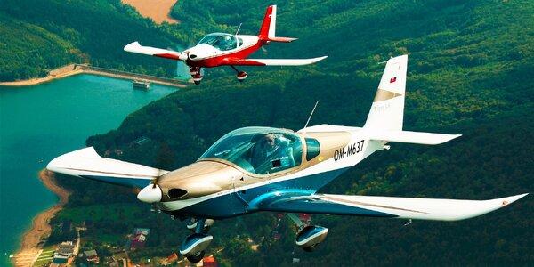 Let lietadlom Viper SD4 s možnosťou pilotovan