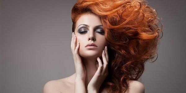 Strihanie, farbenie alebo melír s regeneráciou vlasov