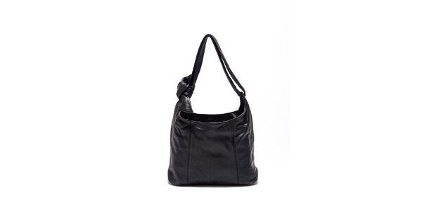 Dámska čierna kožená kabelka s uzlom Carla Ferrari