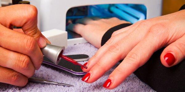 Šikovná UV lampa na gélové a akrylové nechty