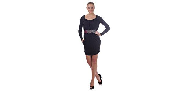 Dámske čierne mini šaty Killah s farebným opaskom