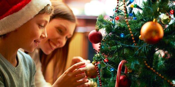 Každý vianočný stromček si zaslúži pekné vianočné ozdoby