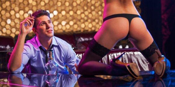 Fľaša Moët & Chandon, Boobies doláre a súkromný strip tanec