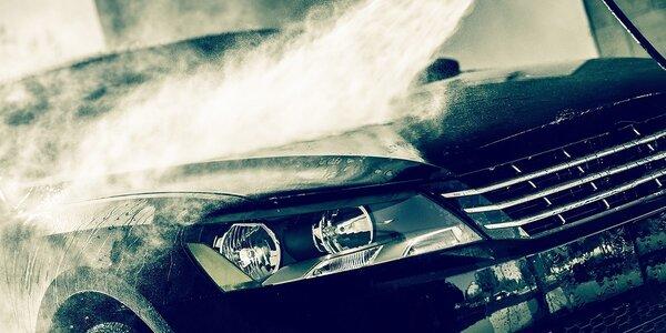 Komplet ručné umytie auta + možnosť voskovania