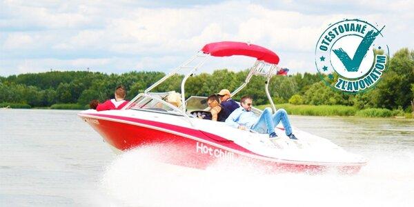Plavba výletnou alebo párty loďou po Jarovskom ramene