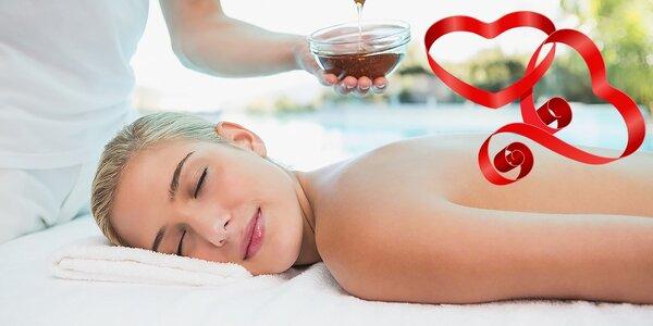 Klasická uvoľňujúca masáž alebo medová masáž