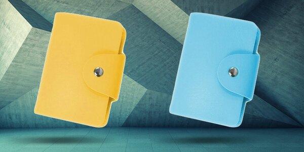 Šikovné farebné puzdro na doklady a peniaze