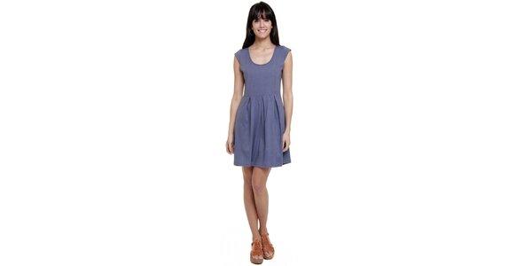 Dámske šaty so skladmi Kool v modrej